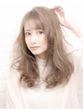 柔らかい髪質に見せる毛量調整のコツ☆