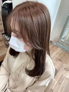 〈藤間〉韓国風顔まわりレイヤー/ミルクティーベージュ