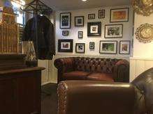 オーナー厳選のアンティーク家具が、いっぱい!