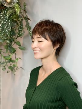 吉瀬美智子風ビジネスライクなショートヘア