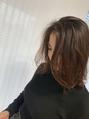 くびれミディアムヘア