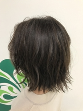 【東三国/新大阪】透け感のあるシルバーアッシュミディ.8