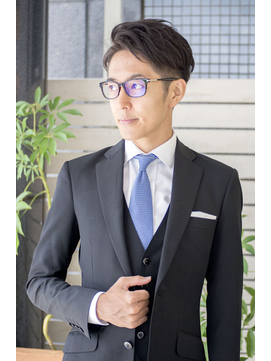 刈り上げツーブロック・スーツに似合う髪型・メンズビジネスヘア