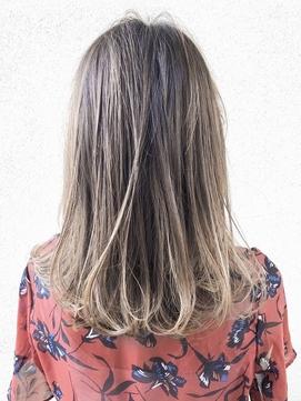 【AUBE HAIR】ハイライトグラデーション_伸ばしかけセミディ