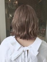 ☆透け感ミルクティーアッシュグレージュ × 切りっぱなしボブ シュシュ.2