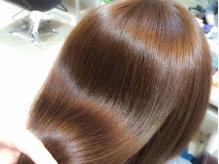 NEW☆プラチナ成分配合【白金美髪トリートメント+カット ¥5184】艶・手触り・もち…全てが極上の仕上がり♪