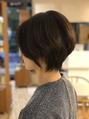 テレビや雑誌で話題の、髪をすかなくても様々な髪の悩みを解消しながら、自然なツヤが出る特殊なカット技術「フレンチカット」で、あなたの毎日をより素敵に☆フォルムが美しい扱いやすいボブやショートにも定評有り