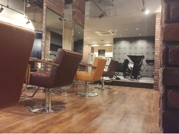 アクロス ヘアデザイン 五反田店(across hairdesign)