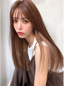 インナーカラー/ミルクティーベージュ/縮毛矯正でツヤ髪ロング