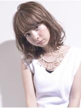 【BALLOON HAIR】透明感たっぷりグレージュ×伸ばしかけミディ .47