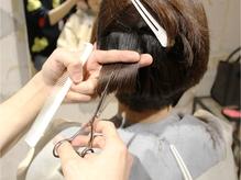 スキバサミを使用せず、パサつかない艶のあるヘアスタイルへ☆