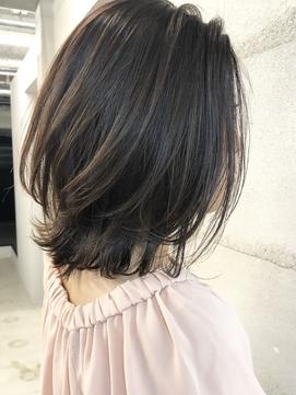 多毛な方も少なめの方もまとまりやすいレイヤーロブ_20代30代◎