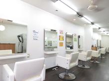 ウーア(Hair Salon UA)の詳細を見る