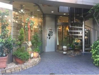 カミザイク 万里(kamizaiku BANRI)(新潟県新潟市中央区/美容室)