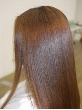 縮毛矯正+リンケージトリートメント¥8424で極上ヘアエステ☆段階的に髪に潤いをプラスし髪質改善を♪