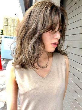 大人かわいい「ラフ髪」☆フリンジウェーブベージュカラー