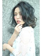 伸ばしかけでも可愛いヘア☆ダブルカラーで夏を演出.3