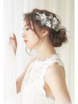 花嫁様大人気シニヨンアップスタイル