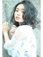 伸ばしかけでも可愛いヘア☆ダブルカラーで夏を演出.4