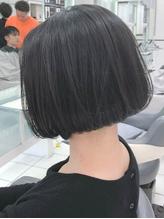 【QUATRO横浜】丸みショートボブ 立花知明.17
