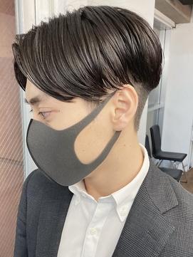 センターパートショート/ビジネスヘア/サイドグラデーション○
