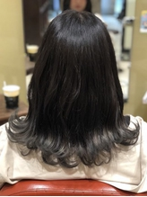 透明感暗髪ミディアム.44
