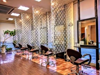 ヘアルーム モア(hair room More)(山梨県甲府市/美容室)