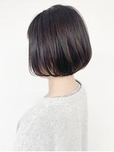 *Tomo*イルミナカラー ヘルシーレイヤー 黒髪 きりっぱなしボブ.58
