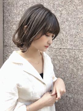 【STELLA TOKYO】暗髪グレージュの外ハネパーマ