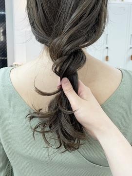 オリーブグレージュ ブリーチなしダブルカラー 髪質改善