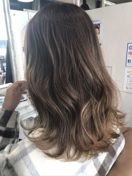 髪質改善 ナチュラル系グラデーションカラー グレージュ