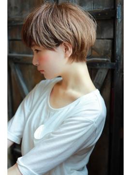 【+~ing  deux】大人かわいい 耳かけ 斜めバング ショート☆