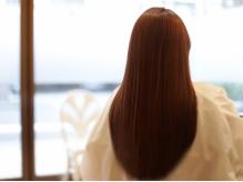 どんなストレートも思いのままに。一律価格で叶う、オーダーメイド縮毛矯正【カット+縮毛矯正¥16900】