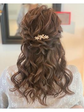 ドレスヘア 結婚式ハーフアップ  お呼ばれヘア ゆるふわ 可愛い