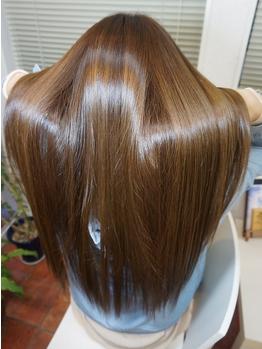ヘアーアンドメイク フラット ヒルズ(Hair&Make FLAT HILLS)