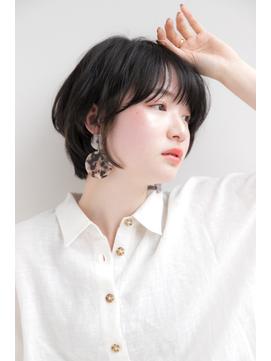 【Laf 新谷千絢】ワンカールパーマに耳かけ黒髪ショートボブ