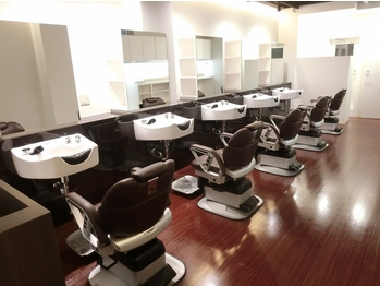 BBS バーバーアンドビューティ(Barber & Beauty)(東京都北区/美容室)