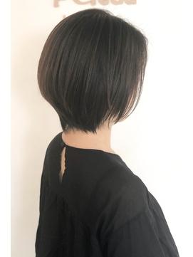 裾がタイトで首のラインが綺麗なボブ【Belead恵比寿】関田