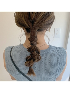 【NIKO】ゆるっと三つ編みでお出かけ前のヘアセット