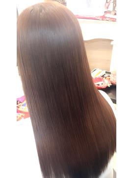 ハロウィンクーポン!髪ちりょう+カラーでノーダメージに!