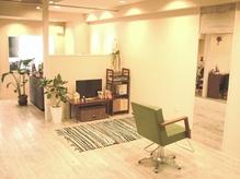【江坂駅から徒歩5分】ベビーカーで入店OK☆授乳室、おむつ交換の個室もあります。ママもお子様も快適♪