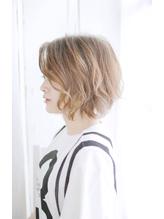 吉祥寺オン眉切りっぱなしボブ美髪デザインカラーマッシュウルフ Oggi.45