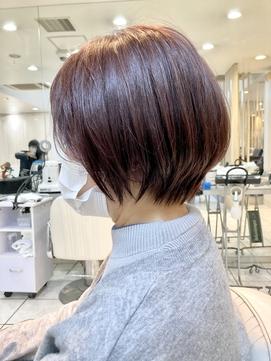 【30代40代50代 明るい白髪染め ショートボブ 前髪あり】
