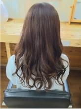 明るくしても暗くしても髪に優しく、ダメージにさせないオーガニックカラーです♪