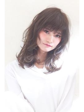 小顔ウルフパーマ【パーソナルカラーワンサイドタンバルモリ】