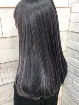 黒髪→ハイライトでホワイトアッシュ/髪質改善カラー【KILLA】