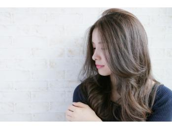 アンティーク ヘアアンドメイク(antique Hair&Make)