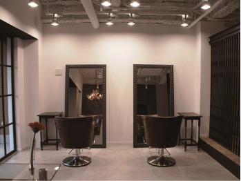 ヘアーワークス リボルバー(hair works REVOLVER)(大阪府堺市美原区/美容室)
