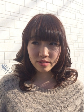 大人カール+ふんわりバングの大人可愛いロングスタイル☆