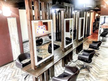 ヘアアンドメイククレスト 梅田茶屋町店(hair&make krest)